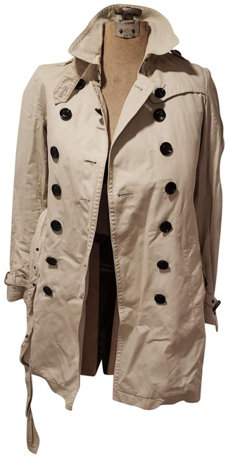 Item - Tan Trenchcoat with Removable Warmer Jacket Size 6 (S)