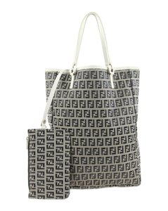 68ec14e598ca Fendi Totes on Sale - Up to 70% off at Tradesy