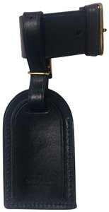 aa257e7f4985 Louis Vuitton Black Luggage Tag - Tradesy