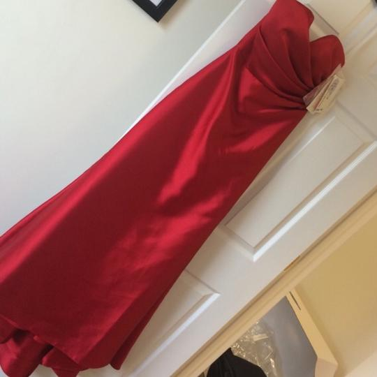 Jim Hjelm Occasions Red Mikado Formal Bridesmaid/Mob Dress Size 6 (S)