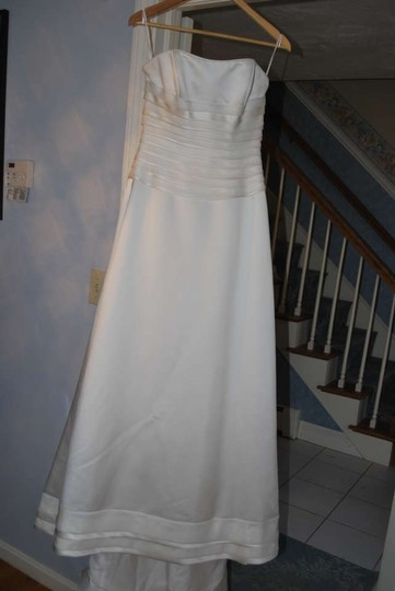 Casablanca Ivory Satin Organza 1798 Formal Wedding Dress Size 6 (S)