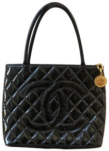 Chanel Medallion Vintage Vintage Tote in Black