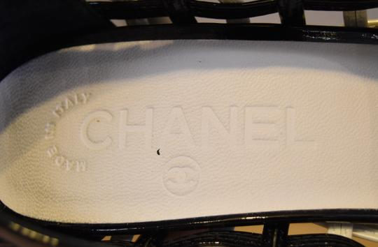 Chanel Woven Patent Leather White & Black Pumps Image 8