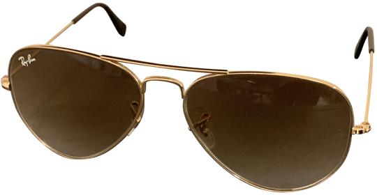 Preload https://img-static.tradesy.com/item/25231220/ray-ban-brown-aviators-rb-3025-55mm-sunglasses-0-3-540-540.jpg