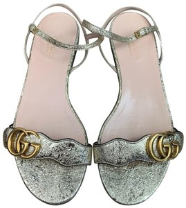 1ef592d6c281 Women s Gold Sandals - Up to 90% off at Tradesy