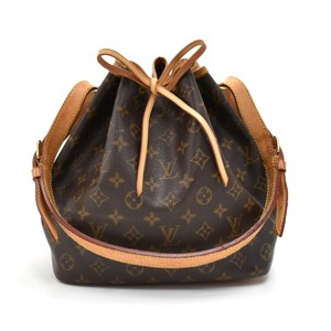 a017897dd674a Louis Vuitton Shoulder Bag