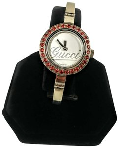 8bf400b90c6 Gucci Gucci silver bangle garnet bezel 150 Swiss made watch