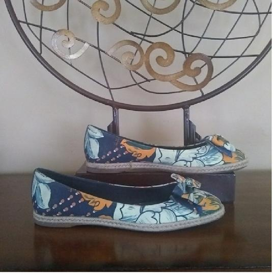 Tory Burch Blue floral print Flats Image 2