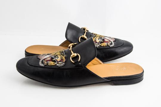 Preload https://img-static.tradesy.com/item/25234079/gucci-black-kings-tiger-leather-mule-shoes-0-0-540-540.jpg