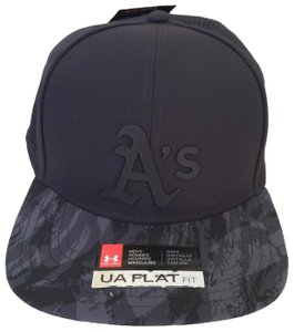 445877a32331 Under Armour UNDER ARMOUR Men's Black Oakland A's One size Baseball  Snapback Cap