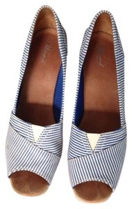 Wanted Blue and white Wedges