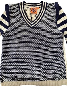 6dbd3fe7dba1c Tory Burch Tops on Sale - Up to 70% off at Tradesy