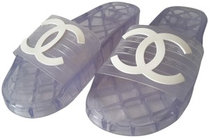 a40bfb00964 Women s Chanel Shoes - Up to 90% off at Tradesy