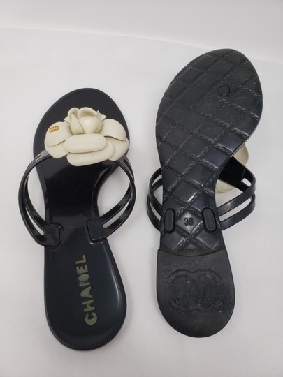 Chanel Jelly Camellia Interlocking Cc Gold Hardware Silver Hardware Black Sandals Image 11