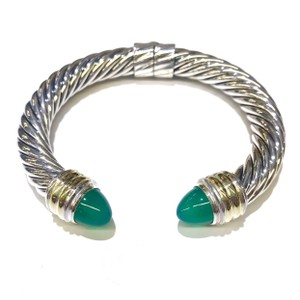 David Yurman GORGEOUS!! LIKE NEW! David Yurman 10mm 14 Karat Yellow Gold and Sterling Silver Green Onyx Hinged Cable Cuff