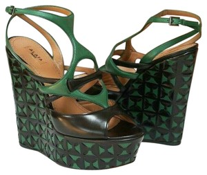 ALAÏA Retail Sexy Comfy Great Value Trusted Seller Black and Green Wedges