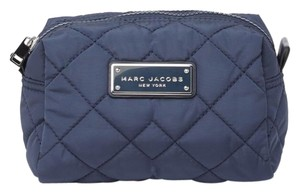 de20bdc3bb0c1 Marc Jacobs Cosmetic Bags - Up to 70% off at Tradesy