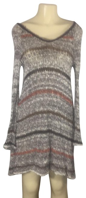 Item - Gray Red Brown Multi Sexy Back Open Mid-length Short Casual Dress Size 4 (S)