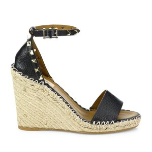 a675fc366d27 Valentino Shoes on Sale - Up to 70% off at Tradesy