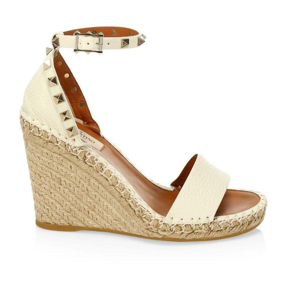 c4bf1be84db0 Valentino Ivory New Garavani Rockstud Espadrille Sandals 5 Wedges ...