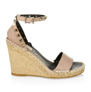 b9f9bce72a7 Valentino Shoes on Sale - Up to 70% off at Tradesy