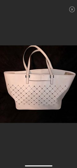 MICHAEL Michael Kors Tote in White with silver Image 1