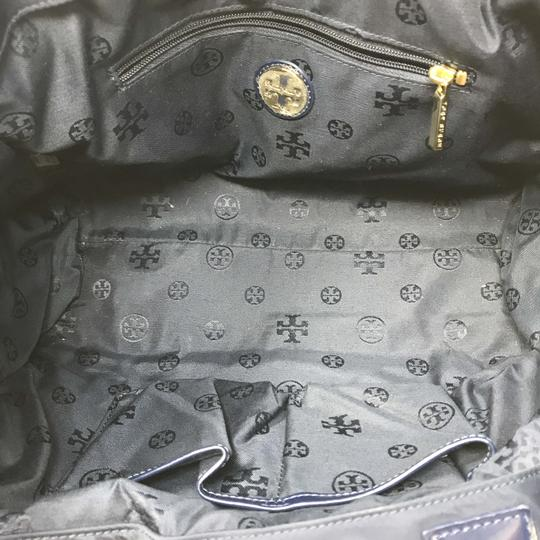 Tory Burch Tote in Navy Image 5