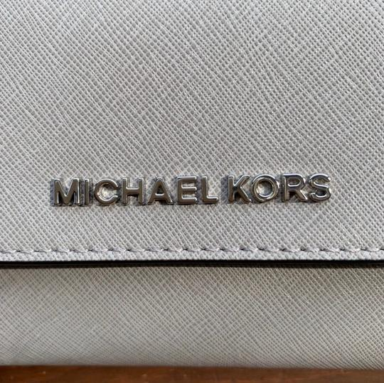 MICHAEL Michael Kors Large Jet Set Travel Trifold Wallet Image 3