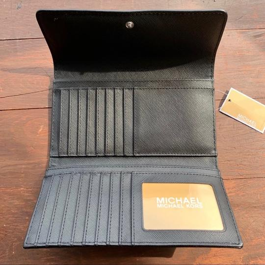 MICHAEL Michael Kors Large Jet Set Travel Trifold Wallet Image 4