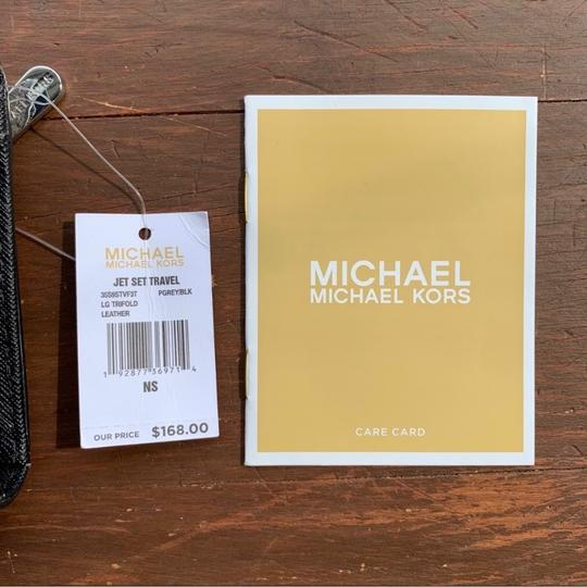 MICHAEL Michael Kors Large Jet Set Travel Trifold Wallet Image 6