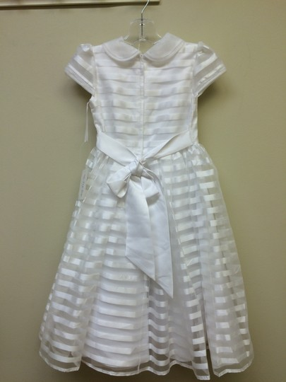 Tip Top Kids White First Communion Dress 5604 Size 8 Image 1