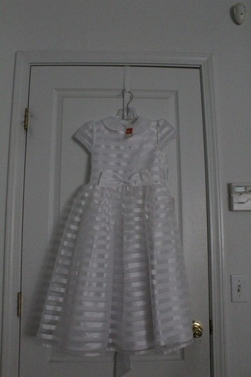 Tip Top Kids White First Communion Dress 5604 Size 8 Image 2