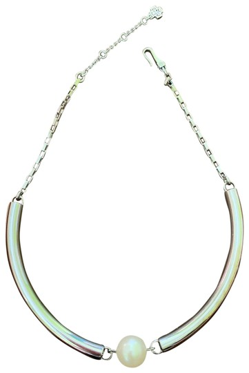 Preload https://img-static.tradesy.com/item/25239601/ann-taylor-silver-necklace-0-2-540-540.jpg