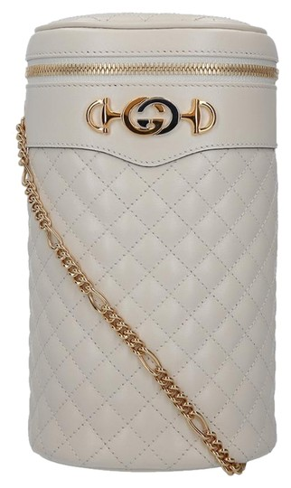 Preload https://img-static.tradesy.com/item/25239785/gucci-off-white-quilted-belt-cream-leather-cross-body-bag-0-1-540-540.jpg
