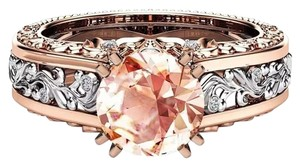 Fashion Hollow Plant Zircon Rose Gold Engagement Ring for Female Two-tone Flower Rhinestone Wedding Rings for Women Jewelry Ring Fashion Hollow Plant Zircon Rose Gold Engagement Ring for Female Two-tone Flower Rhinestone Wedding Rings for Women Jewelry Ring