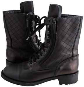 8e6c8237152b Chanel Boots and Booties on Sale - Up to 70% off at Tradesy