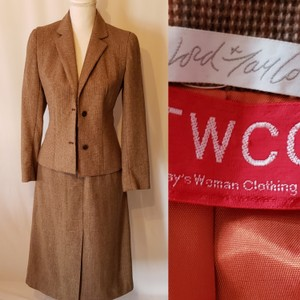 Lord & Taylor Lord & Taylor skirt suit