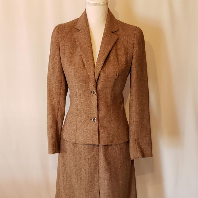 Lord & Taylor Lord & Taylor skirt suit Image 4