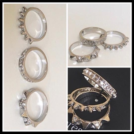 Boutique SILVER MULTI STACKED STATEMENT RING SET Image 2