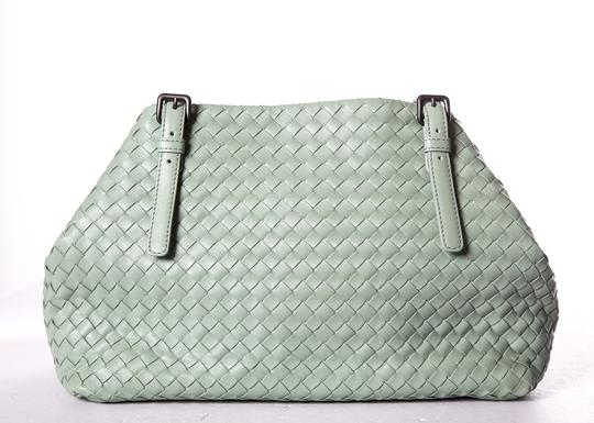 Bottega Veneta Tote in Green Image 3