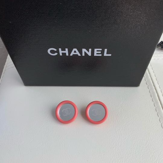 chanel Vintage Chanel CC Logo Pink Round Mirror Silver Gold Tone Clip Earring Image 1
