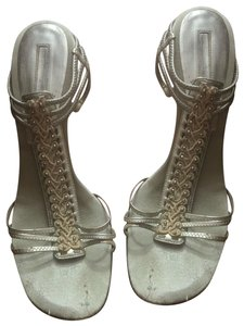 4b060c8144ec Women s Silver Nine West Shoes - Up to 90% off at Tradesy