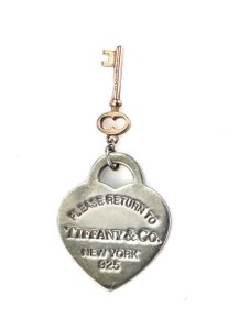 d817dbc18 Tiffany & Co. Charms - Up to 90% off at Tradesy