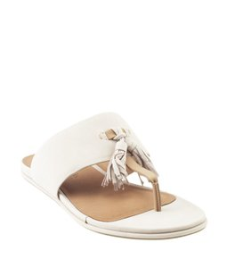 Kenneth Cole Leather Beige Sandals