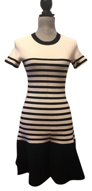 Item - Black/Off White Scuba Striped Knitted Short Casual Dress Size 6 (S)