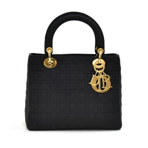 7cf0732395932 Dior Bags on Sale - Up to 70% off at Tradesy