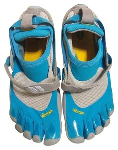 more photos 94cd2 74f3b Vibram Hiking Climbing Water Toe Running Blue and White Athletic