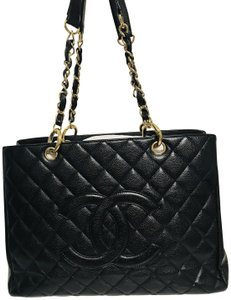 6ec866bd6d2f Chanel Caviar Clasic Style Tote in Black - closet img