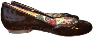 Antonio Melani Patent Leather Silver Spiral Brown Flats