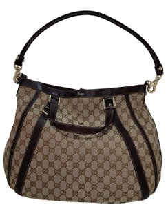 32511866df9 Gucci Hobo Bags - Up to 70% off at Tradesy